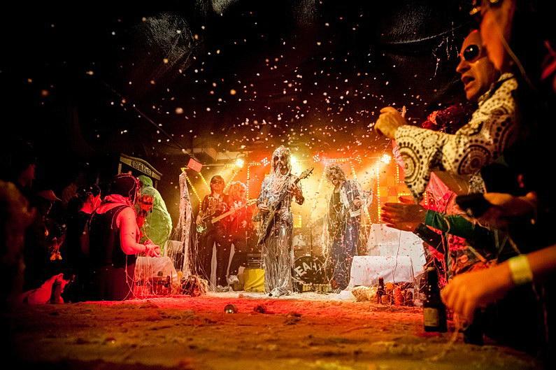 Aschaffenburg, Boppin'B, Colos-Saal, Eventfotografie, Eventfotos, Fasching, Fotografie, Karneval, Konzertfotografie, Konzertfotos, Party, Sedgwick, TUS, Unterfranken, V3, Yeah!, Yeah! feat. The On-Yeahs (5)