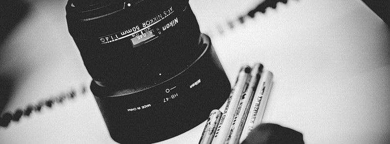 Akt, Aktmodel, Aktzeichnen, Aschaffenburg, Brust, Brüste, Dokumentation, Fotografie, Fotoreportage, Frau, Frauen, Körnung, Model, Nackt, Offenblende, ohne klamotten, Reportage, Schwarzweiß, Tiefenschärfe, Unscharf, Zeichnen, Zeichner (8)