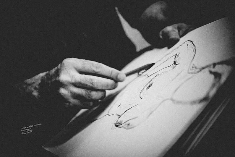 Akt, Aktmodel, Aktzeichnen, Aschaffenburg, Brust, Brüste, Dokumentation, Fotografie, Fotoreportage, Frau, Frauen, Körnung, Model, Nackt, Offenblende, ohne klamotten, Reportage, Schwarzweiß, Tiefenschärfe, Unscharf, Zeichnen, Zeichner (6)