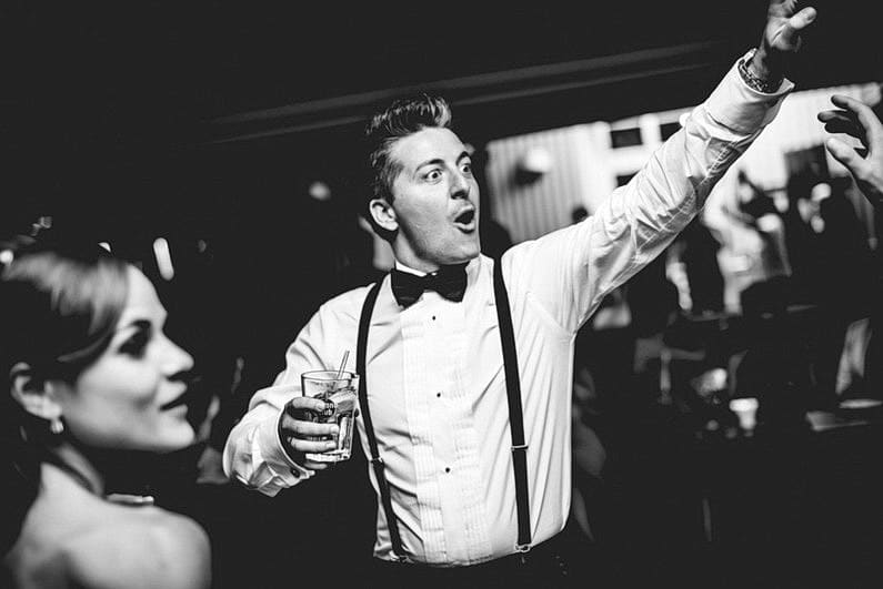 Aschaffenburg, Fotografie, Frankfurt, Hochzeit, Hochzeit bei Regen, Hochzeiten, Hochzeitsbilder, Hochzeitsfotograf, Hochzeitsfotos, Hochzeitsmakeup, Hochzeitsreportage, Park Schönbusch, profesionelle Hochzeitsbilder, professioneller Hochzeitsfotograf, Regenhochzeit, Regenwetter, Reportage, Romantisch, Schönbusch, See, Sektempfang, Sonnenstrahlen, süss, Verträumt, Vintage, Wedding (19)
