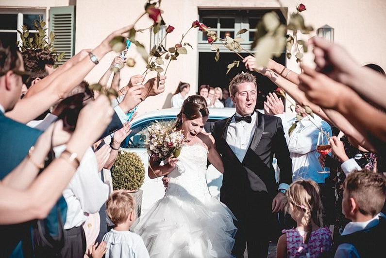 Aschaffenburg, Fotografie, Frankfurt, Hochzeit, Hochzeit bei Regen, Hochzeiten, Hochzeitsbilder, Hochzeitsfotograf, Hochzeitsfotos, Hochzeitsmakeup, Hochzeitsreportage, Park Schönbusch, profesionelle Hochzeitsbilder, professioneller Hochzeitsfotograf, Regenhochzeit, Regenwetter, Reportage, Romantisch, Schönbusch, See, Sektempfang, Sonnenstrahlen, süss, Verträumt, Vintage, Wedding (11)