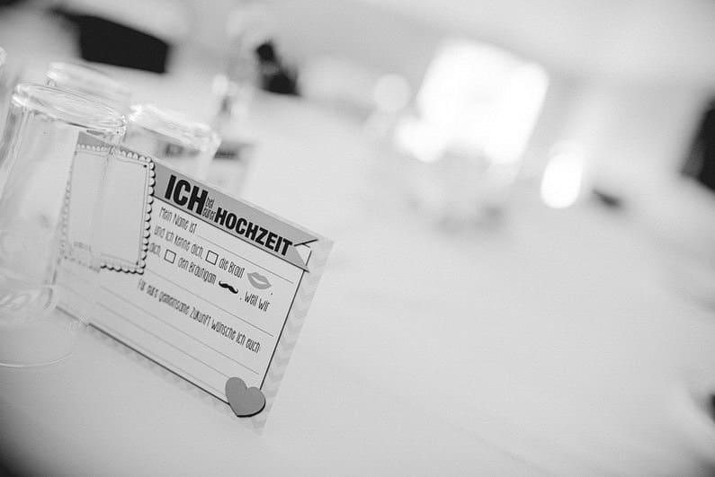 Aschaffenburg, Brautpaarbilder, Brautstrauß, Fotografie, Frankfurt, Heimat, Hochzeit, Hochzeiten, Hochzeitsbilder, Hochzeitsfotograf, Hochzeitsfotos, Hochzeitsmakeup, Hochzeitsreportage, Natur, Odenwald, professionelle Hochzeitsbilder, professioneller Hochzeitsfotograf, Romantisch, Rundumsorglos, Sommer, Sommerhochzeit, Sonne, Sonnenschein, Sonnenstrahlen, Stylisch, Verträumt, Vintage, Wedding (2)