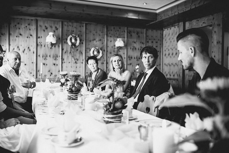 Aschaffenburg, Bohem, Bohemian, Fotografie, Frankfurt, Großostheim, Heimbuchenthal, Hochzeit, Hochzeiten, Hochzeitsbilder, Hochzeitsfotograf, Hochzeitsfotos, Hochzeitsmakeup, Hochzeitsreportage, Hut, Idylle, Idyllisch, profesionelle Hochzeitsbilder, professioneller Hochzeitsfotograf, Reportage, Rhein-Main-Gebiet, Romantisch, Sektempfang, Spessart, Standesamt, Verträumt, Vintage, Wedding (14)