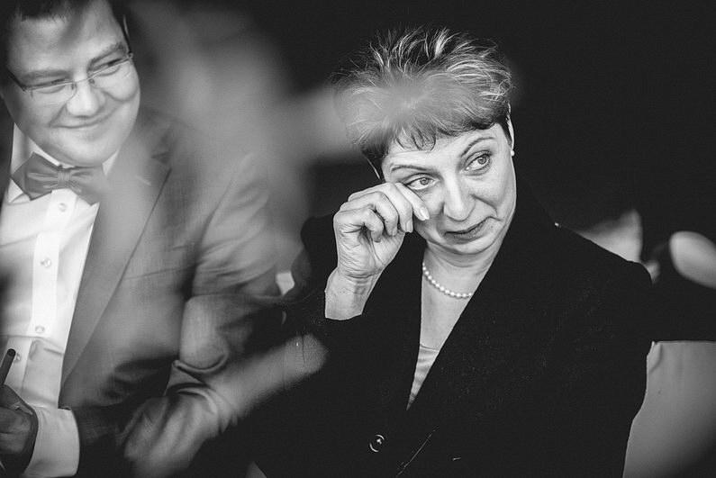 Bankenviertel, Fotografie, Frankfurt, Frankfurt City, Frankfurter Botschaft, Hochzeit, Hochzeiten, Hochzeitsbilder, Hochzeitsfotograf, Hochzeitsfotos, Hochzeitsmakeup, Hochzeitsreportage, nerdig, profesionelle Hochzeitsbilder, professioneller Hochzeitsfotograf, Reportage, Romantisch, Schatz-wir-heiraten, Simone Pfundstein, Skyline, Sonnenstrahlen, Star Wars, süss, Verträumt, Wedding, Wyndham Hotel (36)