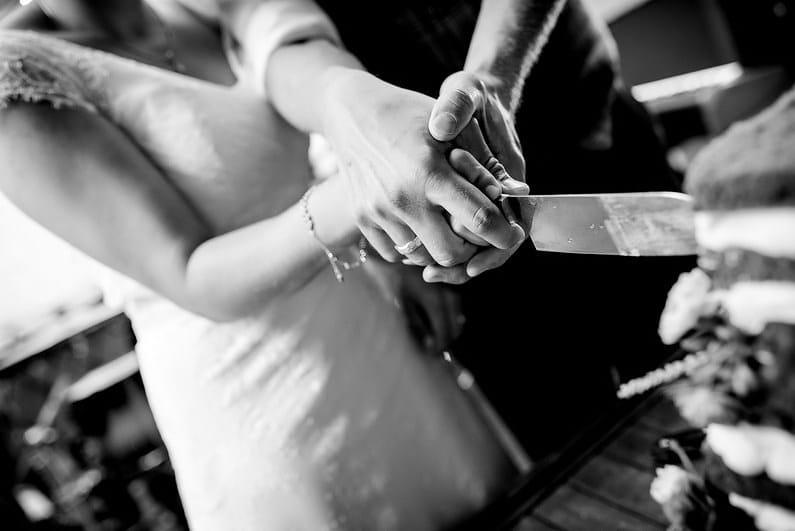 Aschaffenburg, Babenhausen, Braut, Bräutigam, Brautstrauß, Brautstraussliebe, Diana Bär, Fotografie, freie Trauung, Freudentränen, Gartenhochzeit, Getting Ready, Hochzeit, Hochzeiten, Hochzeitsbilder, Hochzeitsfotograf, Hochzeitsfotos, Hochzeitsliebe, Hochzeitsmakeup, Hochzeitsreportage, Idyllisch, profesionelle Hochzeitsbilder, professioneller Hochzeitsfotograf, Reportage, Rhein-Main-Gebiet, Romantisch, Sektempfang, Sommerhochzeit, Sonnenstrahlen, süss, Trauredner, unkonventionell, Verträumt, Wedding (67)