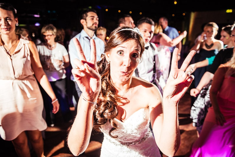 Aschaffenburg, Braut, Bräutigam, Brautstrauß, Brautstraussliebe, Deko, Dekoration, Fotografie, freie Trauung, Freudentränen, Glattbach, Hochzeit, Hochzeiten, Hochzeitsbilder, Hochzeitsdeko, Hochzeitsfotograf, Hochzeitsfotos, Hochzeitsliebe, Hochzeitsmakeup, Hochzeitsreportage, Idyllisch, locker, Manschettenknöpfe, Party, profesionelle Hochzeitsbilder, professioneller Hochzeitsfotograf, Reportage, Rhein-Main-Gebiet, Ringe, Romantisch, See, Seehotel Niedernberg, Sektempfang, Sommerhochzeit, Sonnenstrahlen, Star Wars Motto, süss, Trauredner, unkonventionell, Verträumt, Wedding — (61)