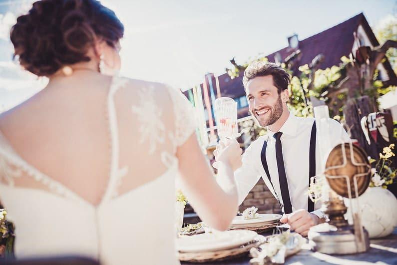 After-Wedding-Shooting, Braut, Bräutigam, Brautstrauß, Brautstraussliebe, Feature, Fotografie, freie Trauung, Freudentränen, Hochzeit, Hochzeiten, Hochzeitsbilder, Hochzeitsdeko, Hochzeitsfotograf, Hochzeitsfotos, Hochzeitsliebe, Hochzeitsmakeup, Hochzeitsreportage, Idyllisch, locker, Naked Cake, profesionelle Hochzeitsbilder, professioneller Hochzeitsfotograf, Reportage, Ringe, Romantisch, Sektempfang, Styled Shoot, Veröffentlichung, Verträumt, Wedding (58)