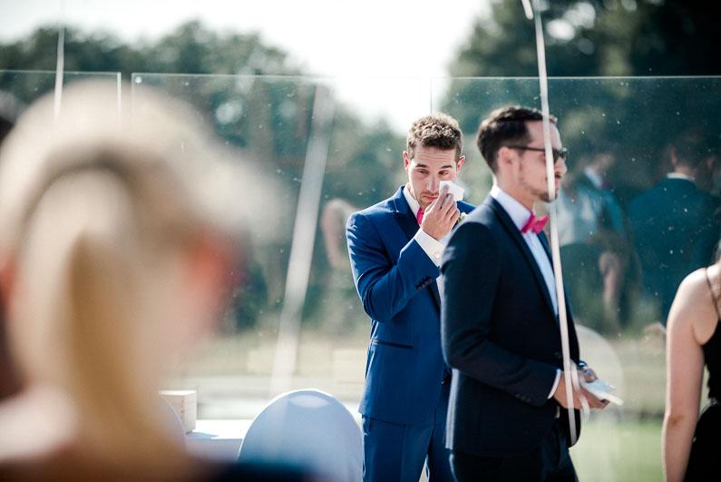 Bräutigam Freudentränen Luftballons Trauung Ehe schön romantisch Liebe