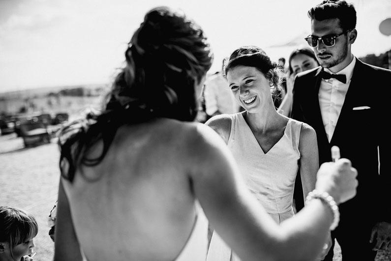 Gäste Liebe Glückwünsche Braut Sonnenbrillen Männer Liebe Harmonie