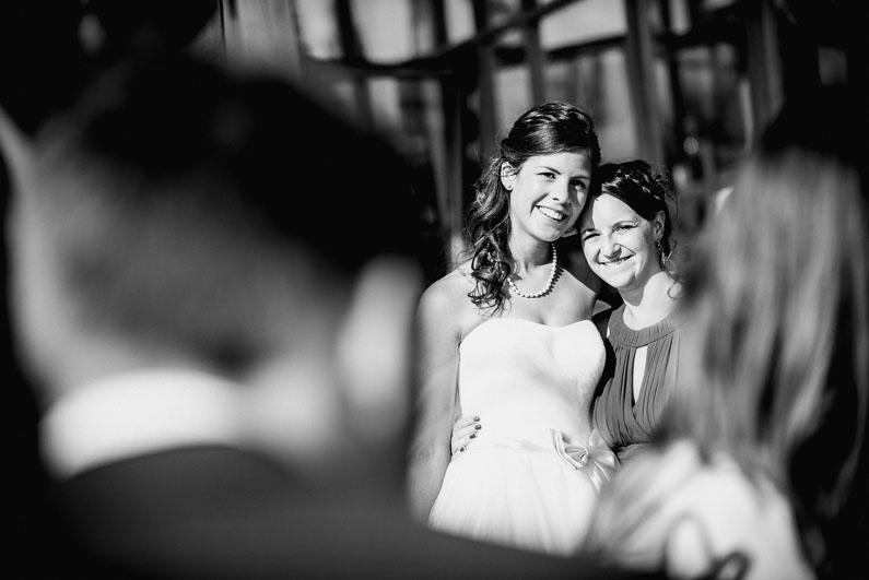 Frauen Liebe Harmonie Familie Freunde Braut schwarz weiß Gäste Hochzeit