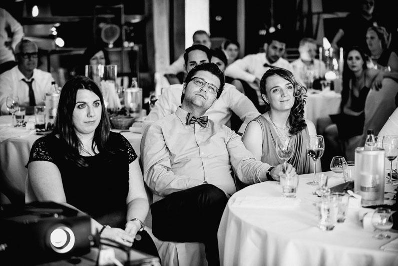 Tische Feier Hochzeit Alkohol Gäste Beamer Bilder Erinnerungen Kindheit