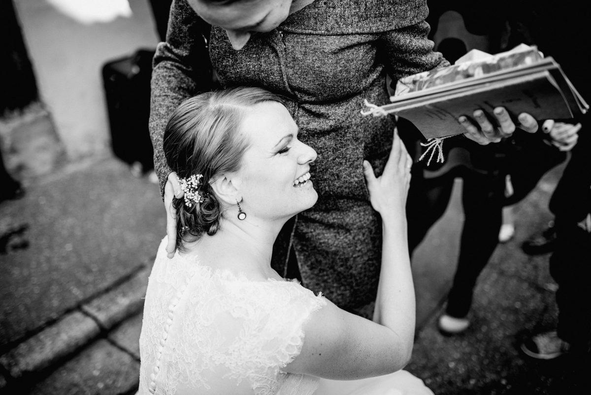 Braut Gast Liebe Schwangerschaft Freude Frauen Geschenke Schmuck Blumen