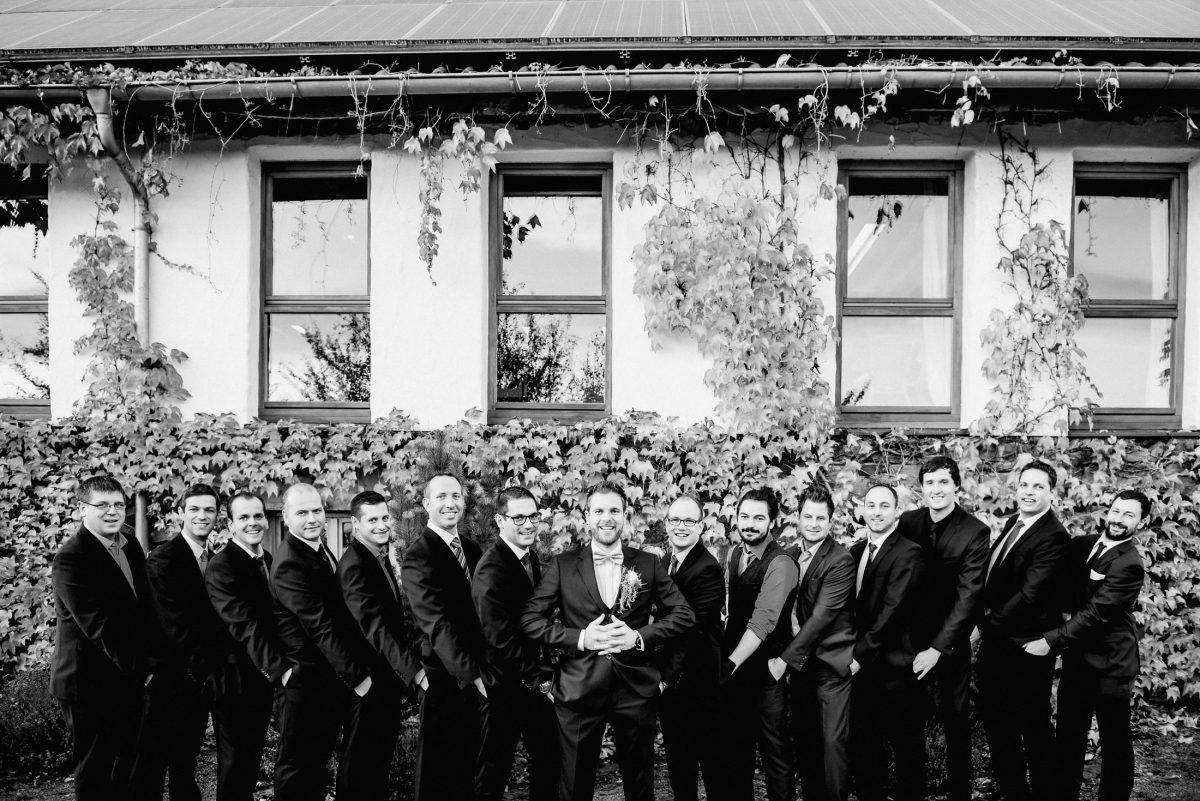 Bräutigam Männer Gäste Spaß Hosentaschen witzig schwarz weiß Shootingbilder