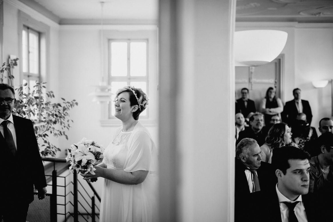 Trauung Braut Brautstrauß Gäste Familie Freunde Ehe Standesamt Bürstadt