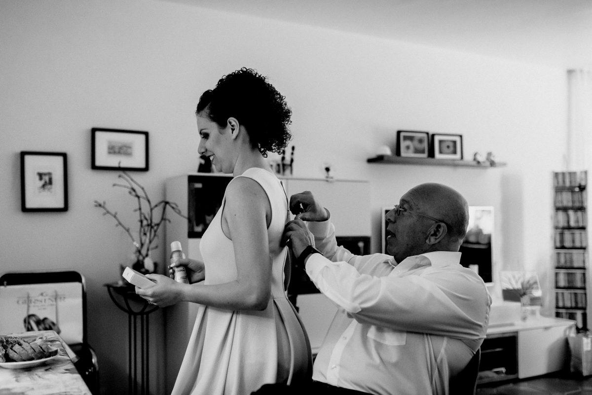 Dress Woman Man Curls Dress Reißverschluss Wohnzimmer Living room