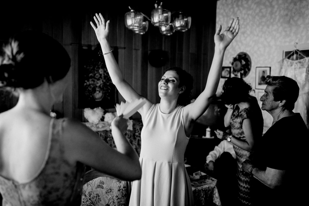 Fun Fächer Hot Summer Wind Joke Hochzeit Arms Hands