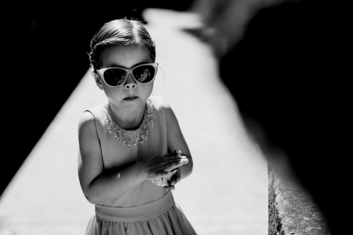 Girl Sonnenbrille Kleid Schmucke Hairstyle cool Madame