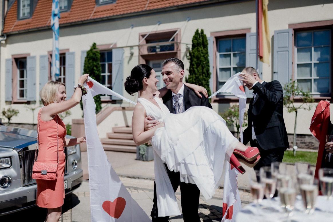Herz Liebe Tradition Tuch Ausschneiden Tasche rote Schuhe romantisch