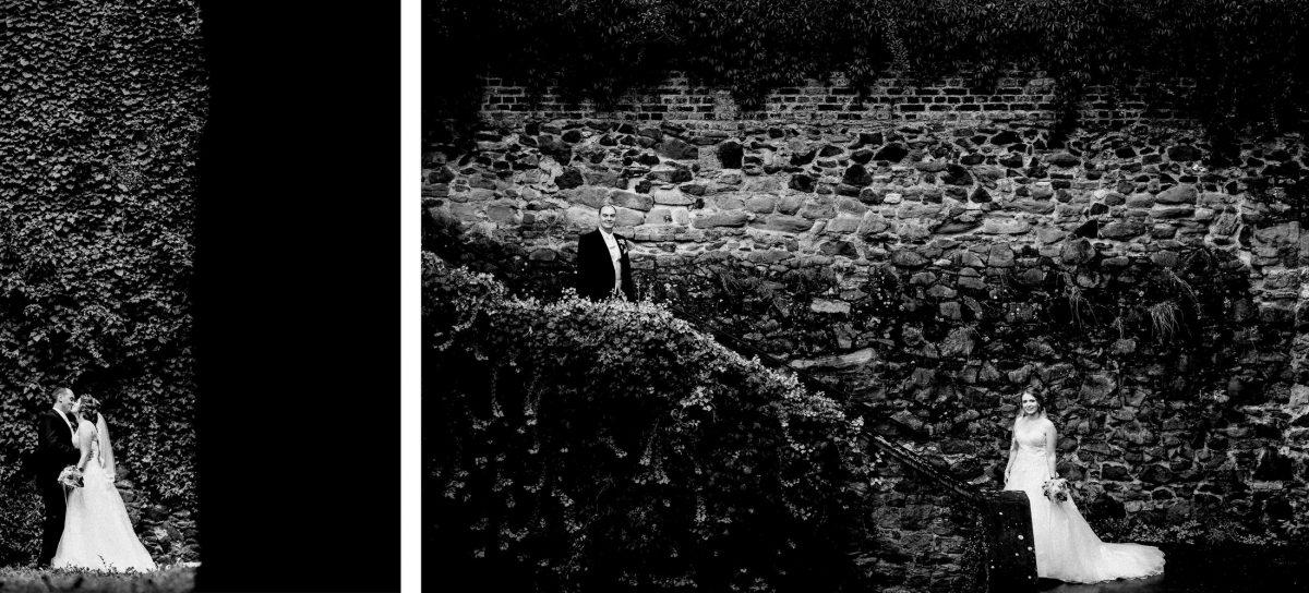 Steinmauer Treppe schwarz weiß Mann Frau