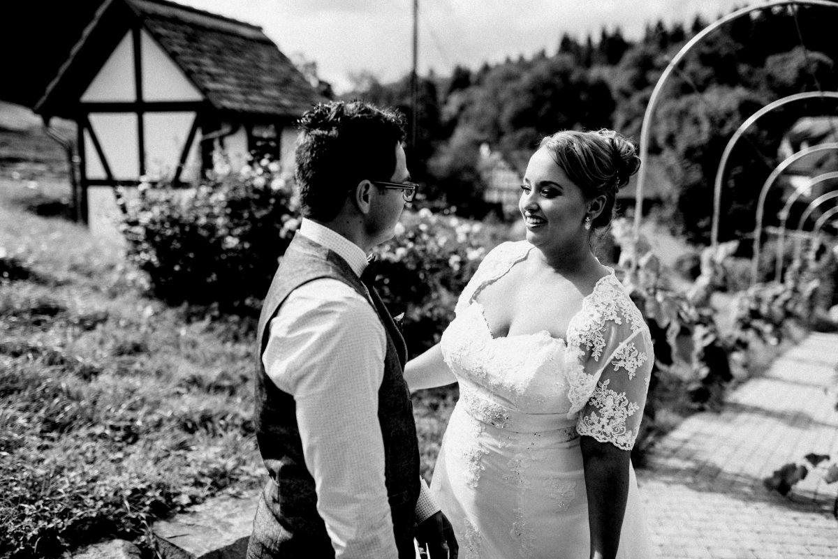 Hochzeit Dammühle Marburg Firstlook Braut Bräutigam