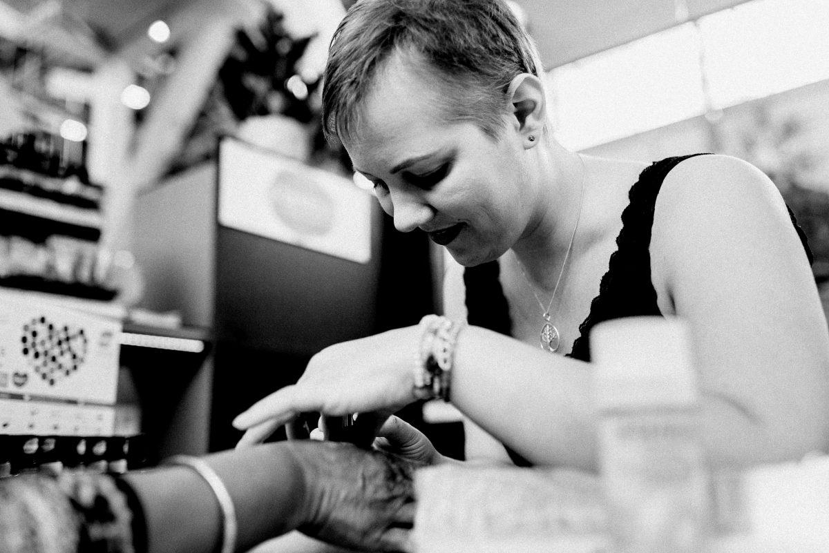 Christine Raab lackieren Hände Naturkosmetik