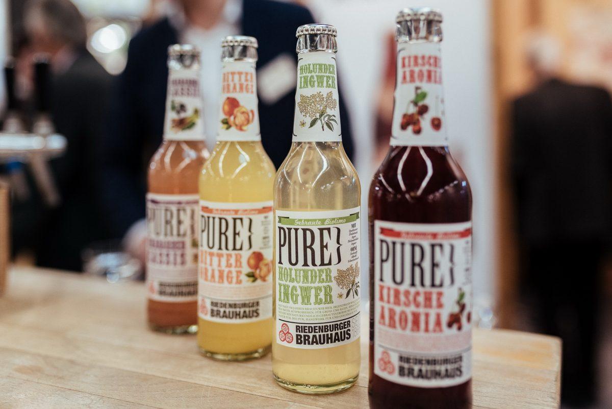 Riedenburger Brauhaus Pure Glasflaschen Getränke