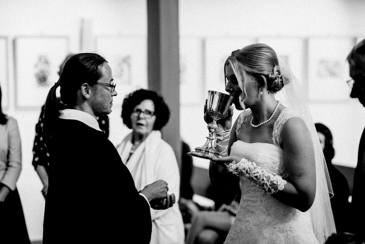 Hostie Messwein Braut geistliche
