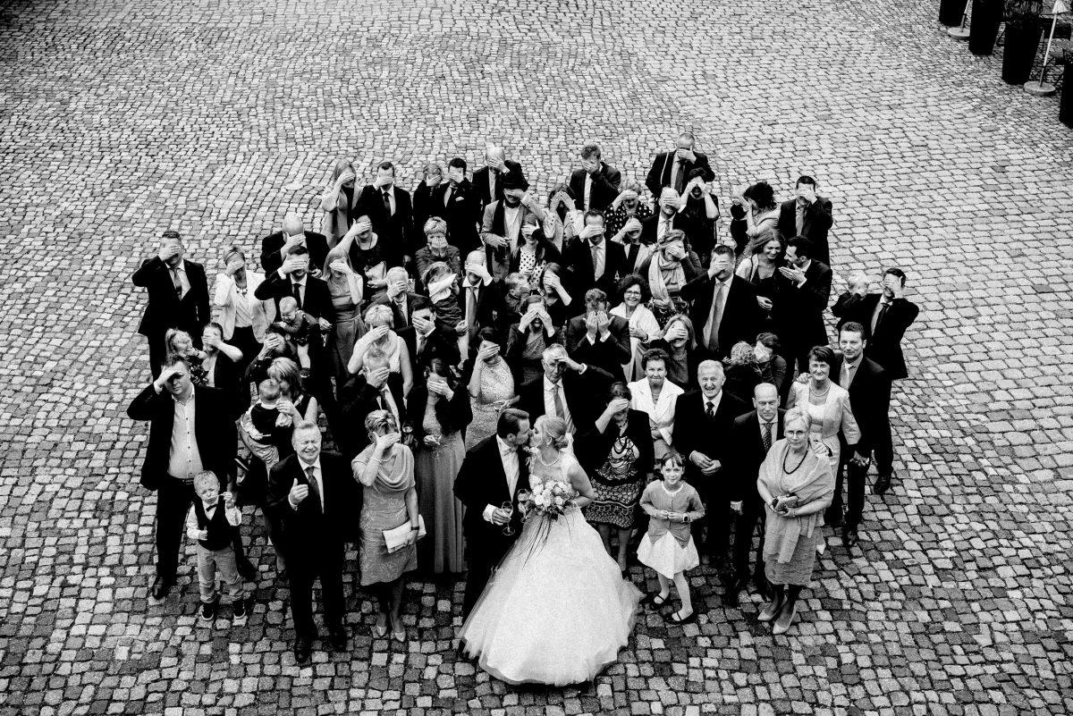 Gruppenbild Wedding Pflastersteine
