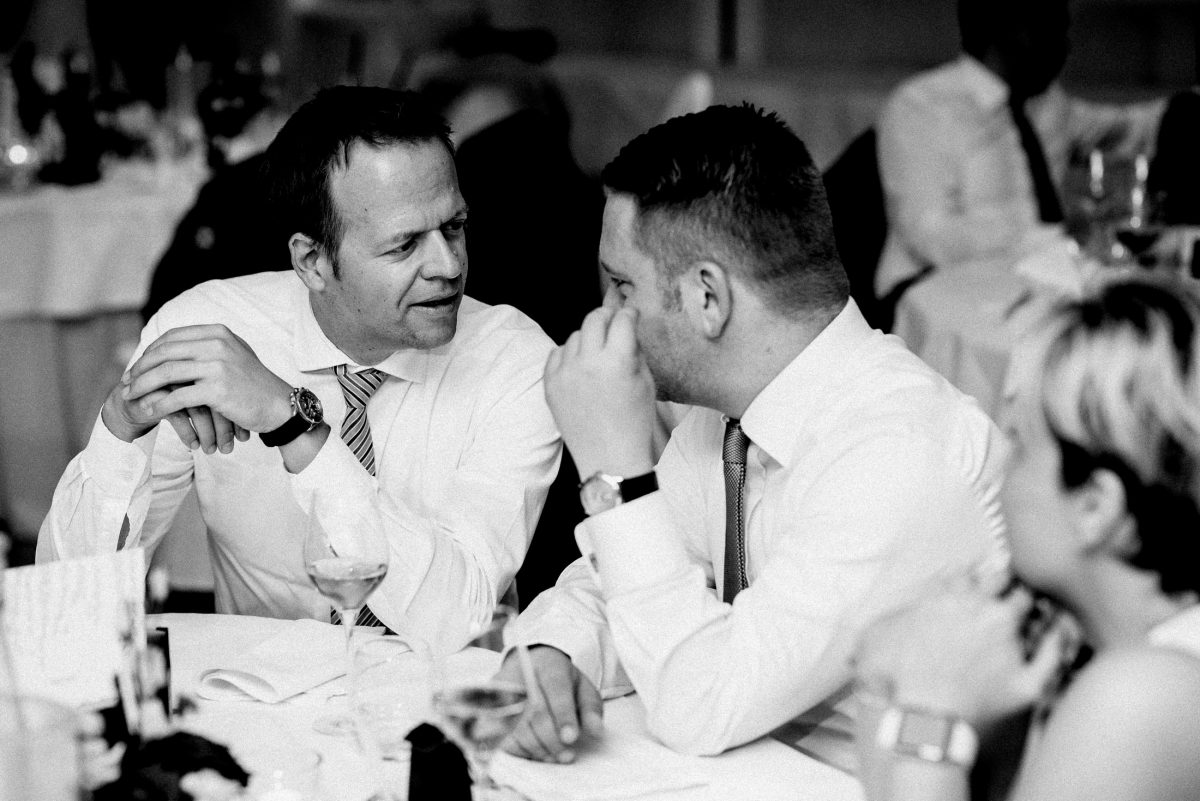 gespräch Uhr Hemden Männer Krawatten