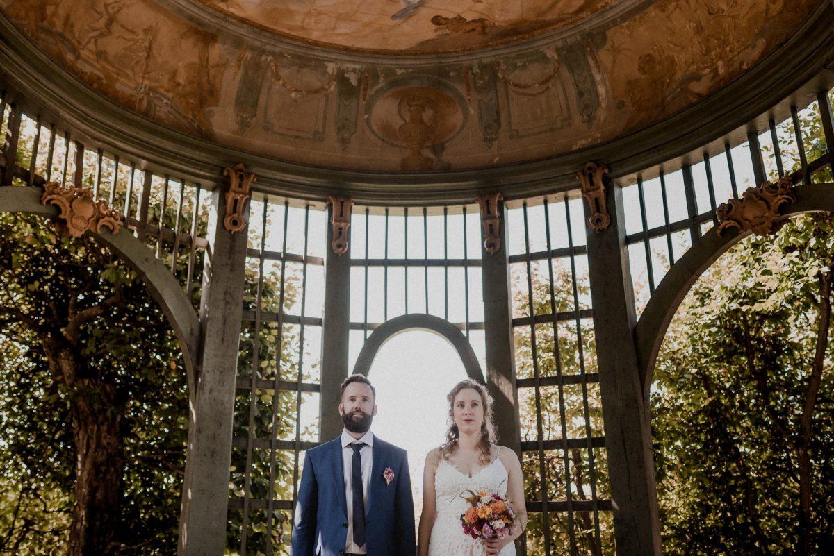 Hofgarten Brautpaar Bäume