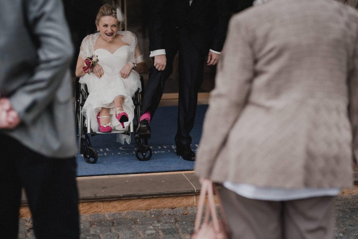 Partnerlook,rosa Strümpe,rosa Damenschuhe,Brautkleid