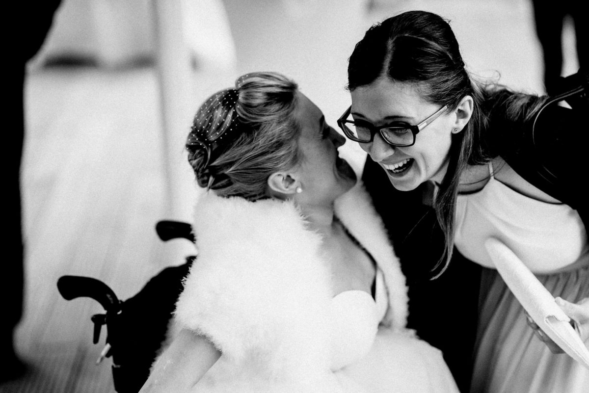 Gratulation,Hochzeit,Braut,Frau,lachen,umarmung