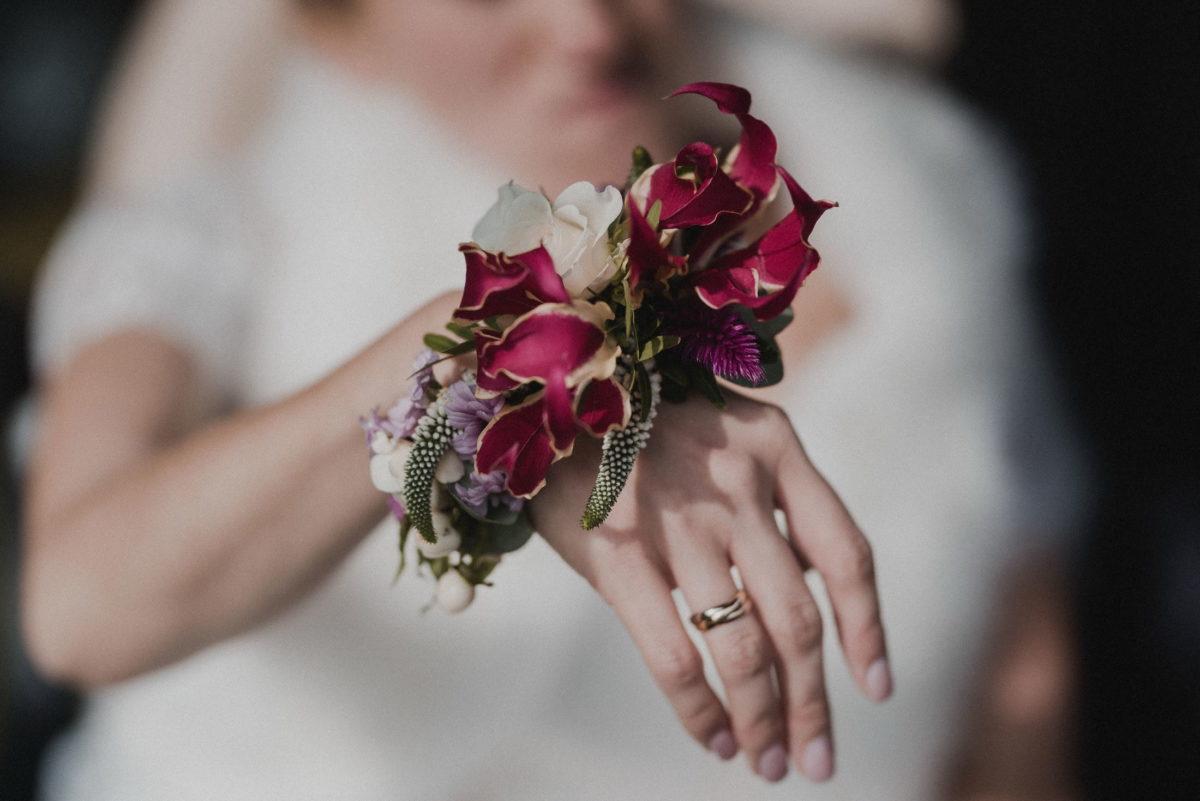 Blumen,Handgesteck,Ehering,Hand,Braut