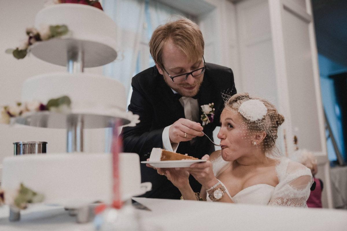 Hochzeitstorte,Füttern,Stücktorte,Gabel,
