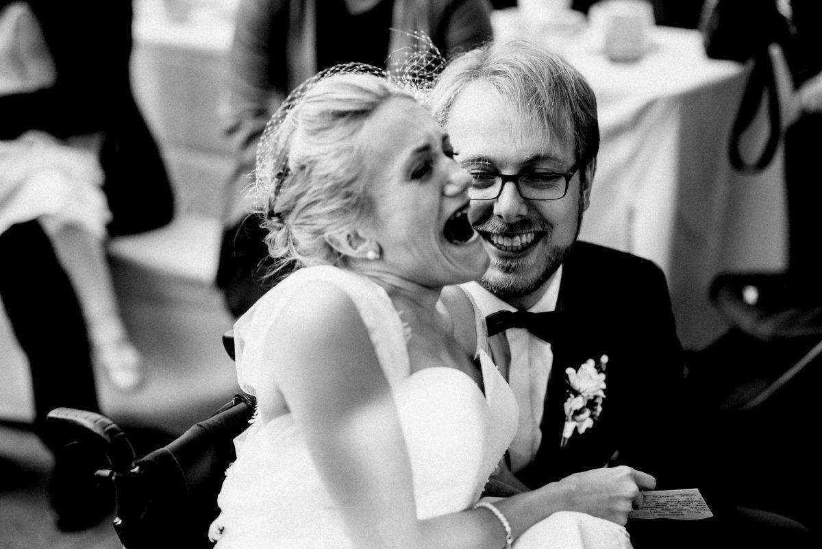 Freude,gute stimmung,hochzeitsfeier,Brautpaar