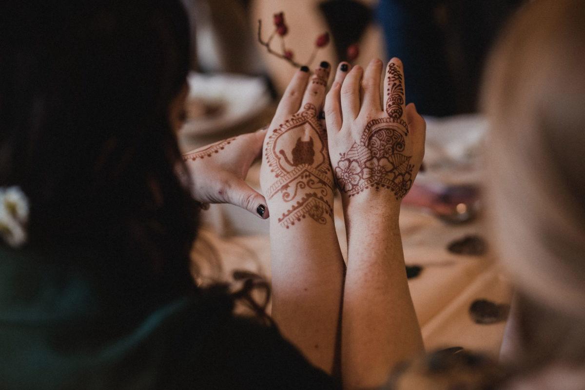 Henna Tattoo,Katze,Blumen,Hände,