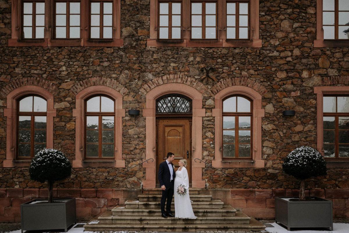 Burg Alzenau,Brautpaar,Treppe,Eingang,Steinmauer,