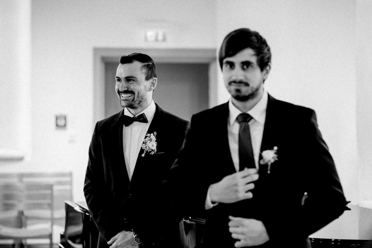 Bräutigam,Ansteckblume,Krawatte,Fliege,Trauzeuge