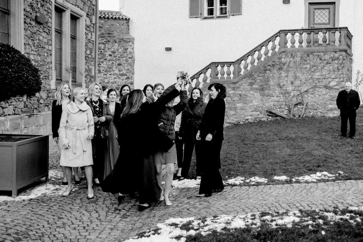 Brautstrauß fangen,Steinmauern,Burg Alzenau,Standesamt