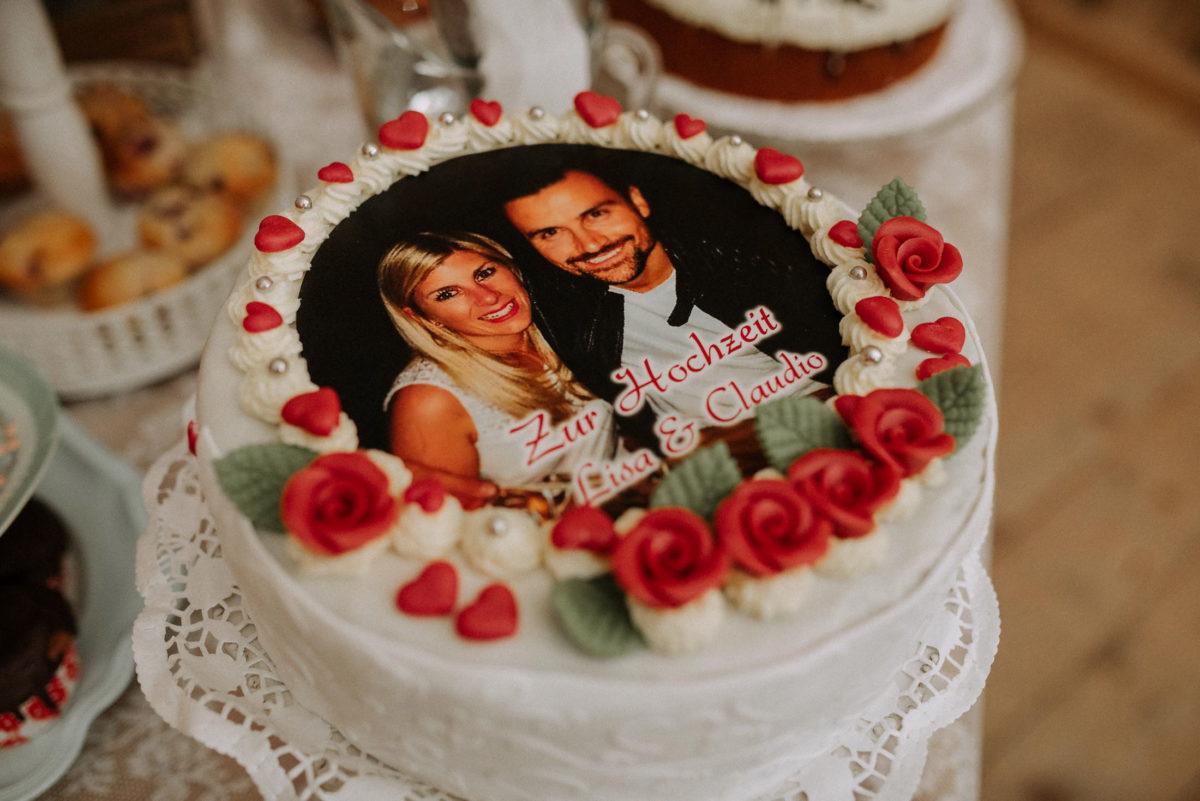 Hochzeitstorte,Lisa und Claudio,Rosendekoration,Torte