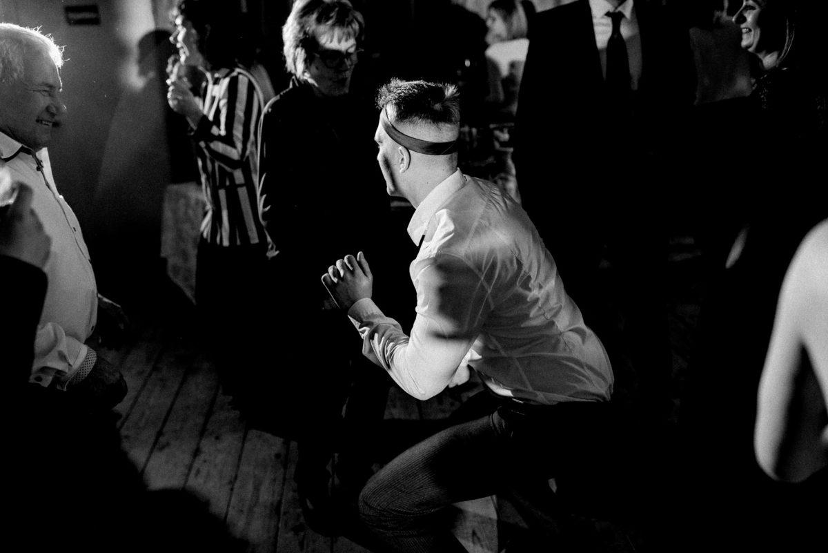tanzen,Mann,Tanzfläsche,Hochzeit,Spaß
