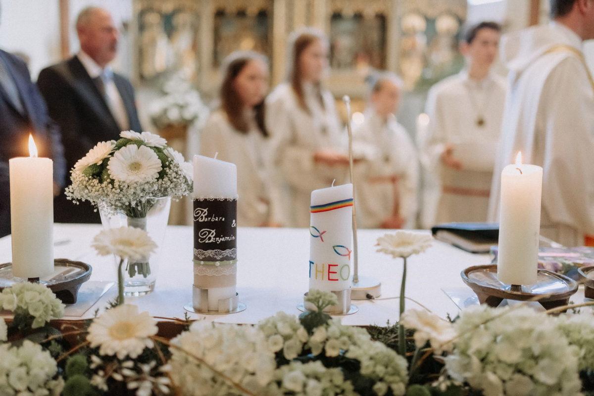 Taufkerze,Hochzeitskerze,weiße Gerbera