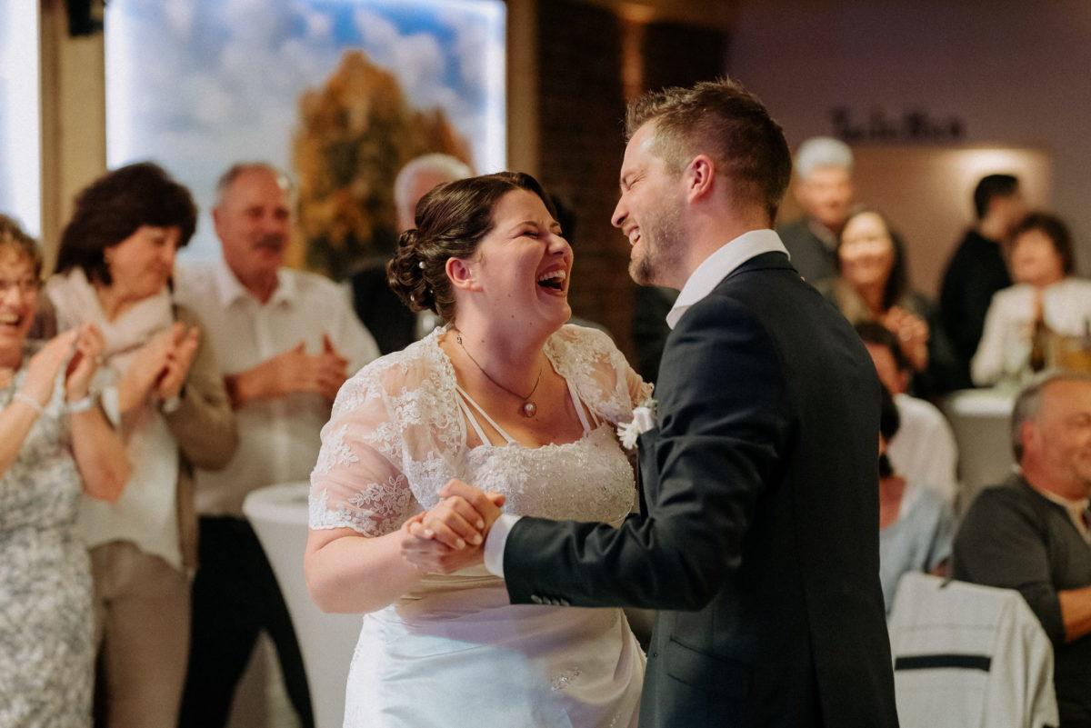 Hochzeitstanz,Eröffnungstanz,Tanzfläsche,Applaus