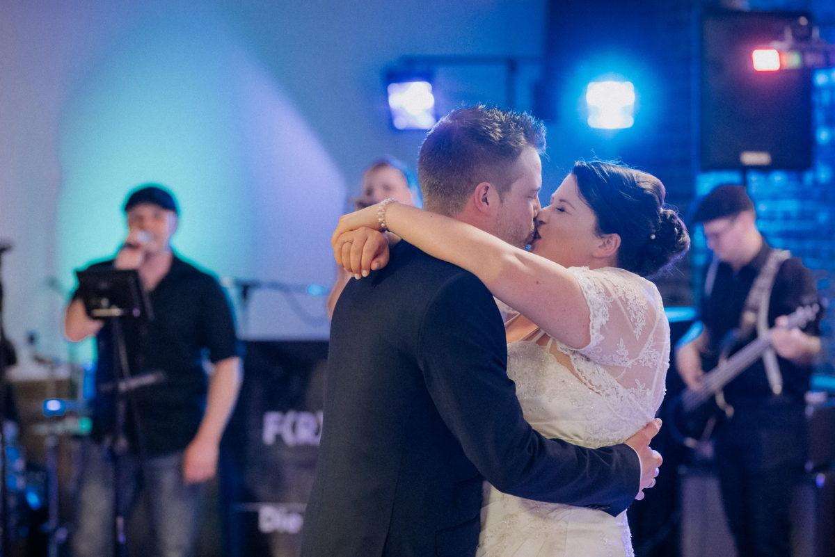 Hochzeitsband,Kuss,Lichter,Couple,Wedding