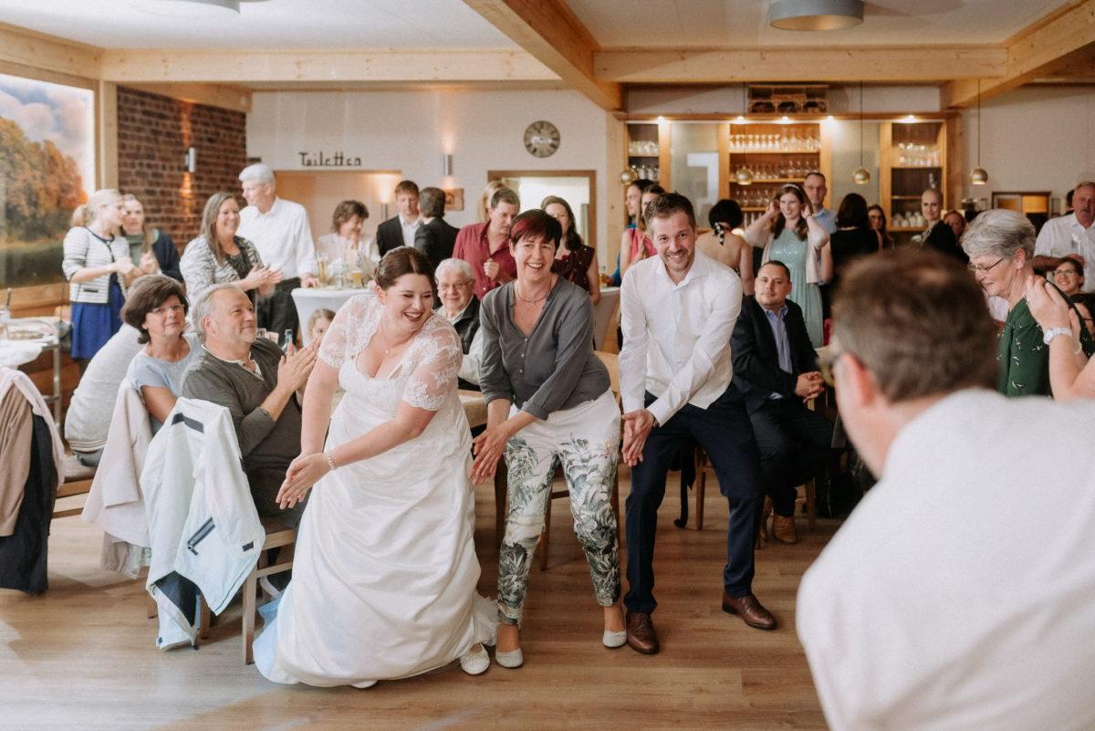 Tanz,Braut,Klatschen,Spaß