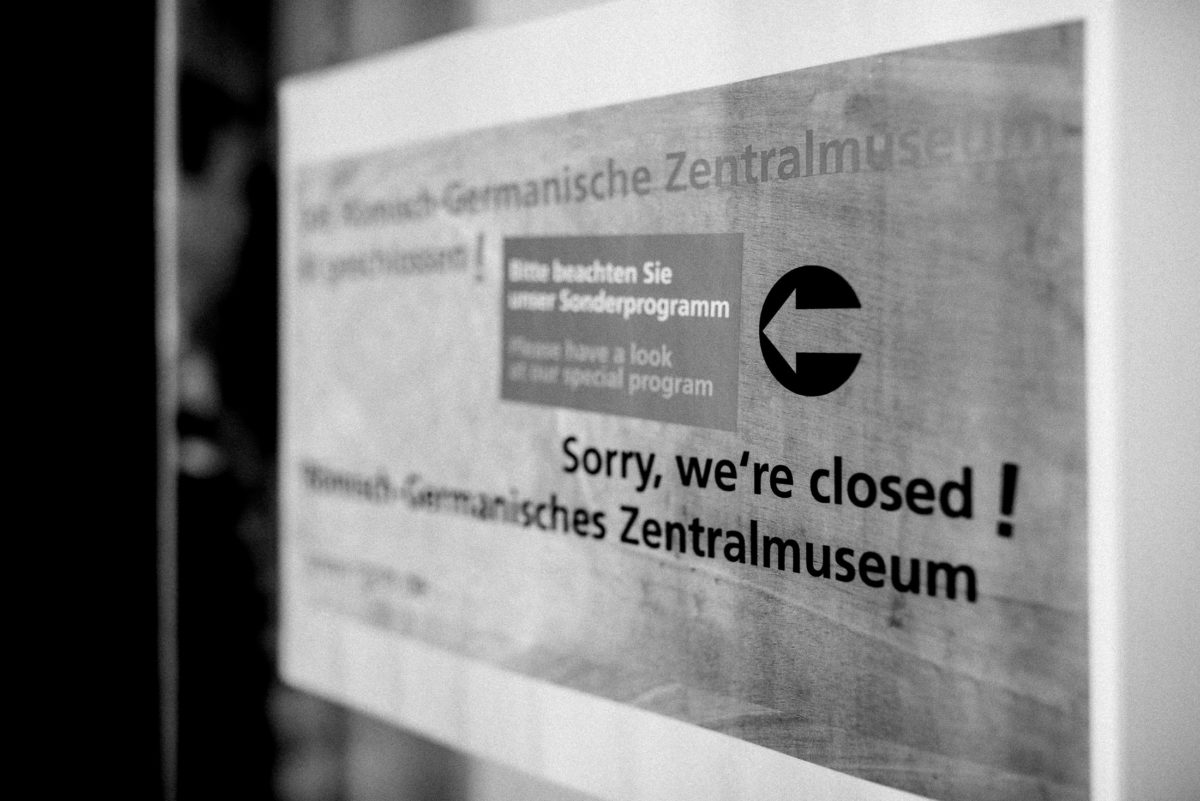 Zentralmuseum Mainz,Schild,Sorry,we´re closed!