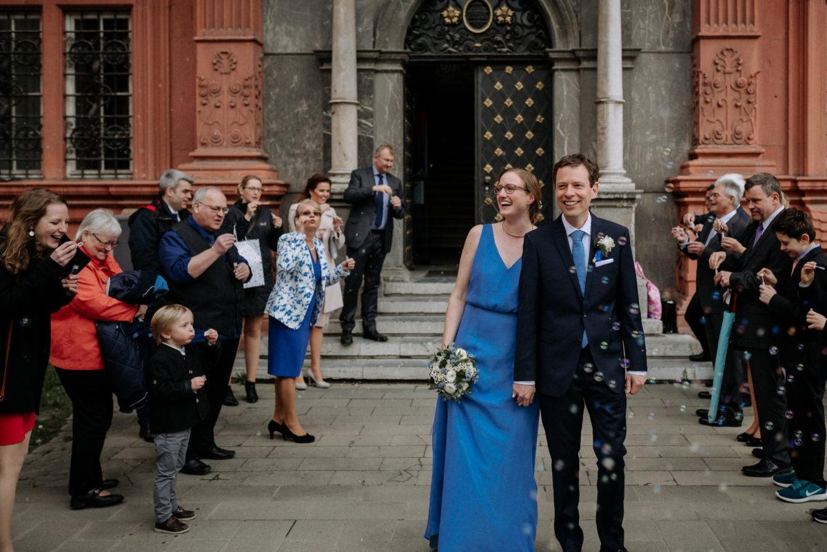 Hochzeitspaar Empfang,Seifenblasen,Fotos