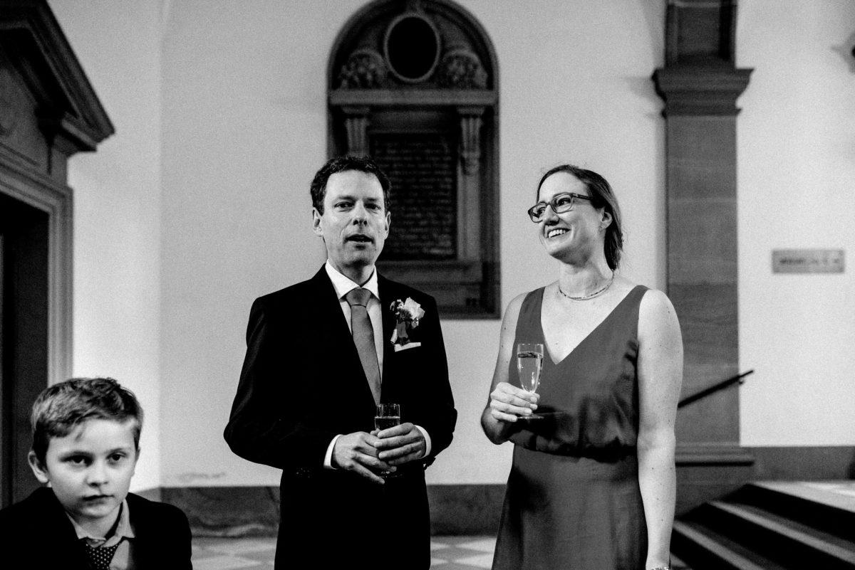 Sektempfang,Brautpaar,Kind,standesamtliche Trauung