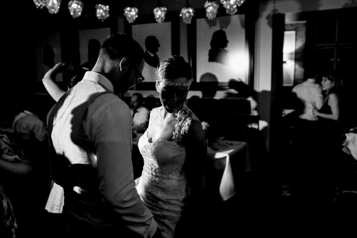 Tanzfläsche,tanzen,Spaß haben,dunkel