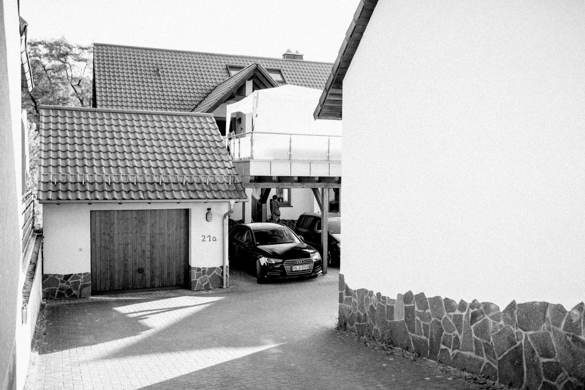 Hof,Garage,Audi,Innenhof,Balkon